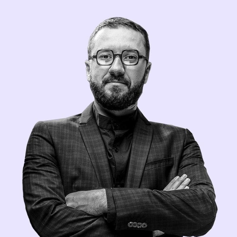 Продюсера Славу Жилу звинувачують в об'єктивації жінок у майбутній виставі. Що відбувається?