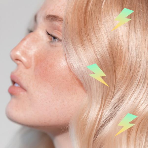 Чому електризується волосся й що з цим робити?