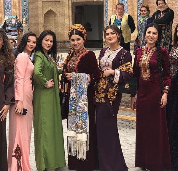 У Туркменістані жінкам-держслужбовцям заборонили фарбувати волосся й робити манікюр    — Новини на Wonderzine