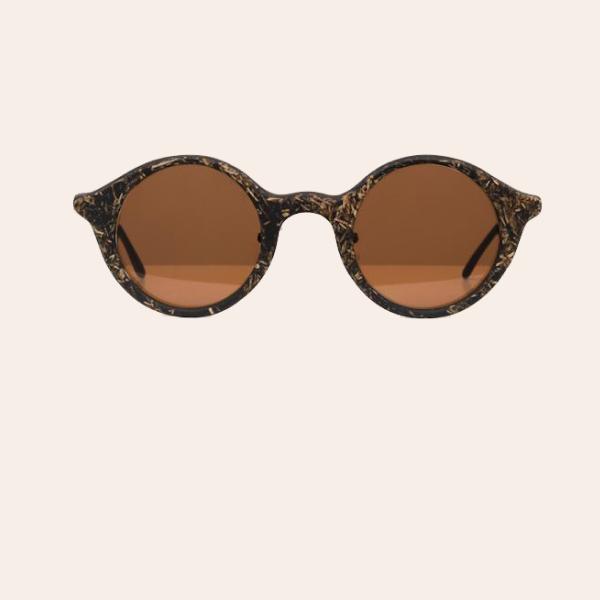 Сонцезахисні окуляри українського бренду Ochis зроблені з кави — Вішлист на Wonderzine