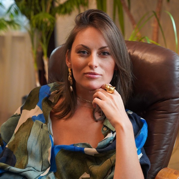 Художниця Дар'я Іващенко і її вітальня — Власний простір на Wonderzine