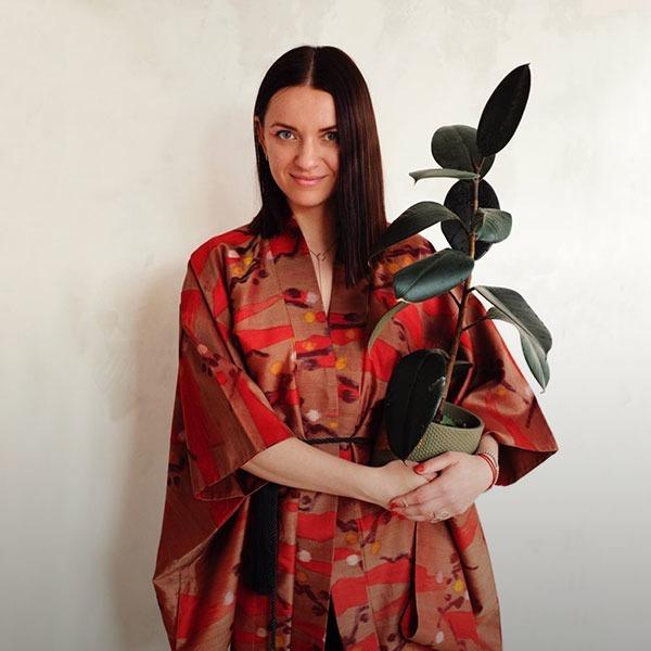 «Мені потрібна чистота ліній». Дизайнерка Дар'я Озерянко та її вітальня — Власний простір на Wonderzine