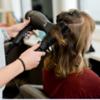 В Австралії працівників салонів краси навчать розпізнавати ознаки домашнього насилля серед клієнтів
