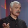 Політик Дмитро Корчинський облив водою військового й ЛГБТ-активіста Віктора Пилипенка