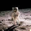 NASA планує відправити першу жінку на Місяць
