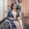Людей з інвалідністю в Україні обслуговуватимуть позачергово