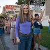 Про феміністку Глорію Стайнем покажуть біографічний фільм на Amazon Prime