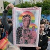 Суд виправдав польських активісток, яким загрожував вирок за плакат Діви Марії з веселковим німбом