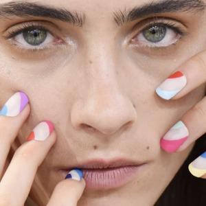 Чи справді гель-лак шкодить нігтям?