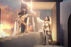 Відео дня: дует Lizzo та Cardi B на пісню Rumours