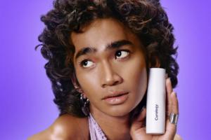 Блогер Бретман Рок розробив власну формулу продуктів для догляду за шкірою
