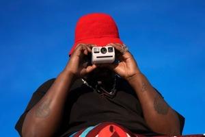 Кишенькова камера Polaroid Go з таймером і дзеркалом для селфі