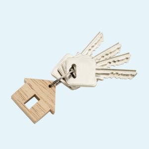Ключі в руці, газовий балончик у кишені. Читачки Wonderzine Україна про відчуття небезпеки на вулиці