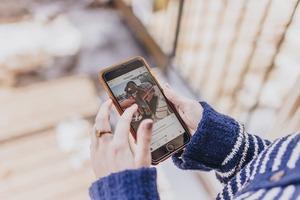 Instagram в першу чергу показує фото роздягнених людей – дослідження