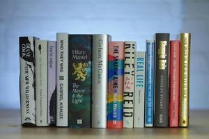 У лонглисті Букерівської премії 9 жінок: усього в списку 13 авторів