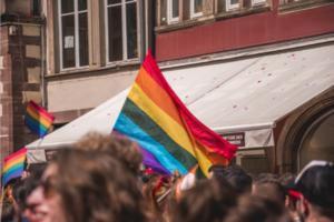 За останні 8 років кількість людей, які ідентифкують себе як ЛГБТ, серед американців зросла на 60%