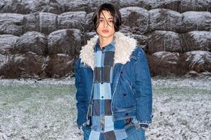 Ksenia Schnaider створили зимові куртки з конопляного хутра, яке повністю розкладається