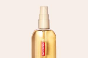 Веганська суха олія-спрей від Glossier для всього тіла
