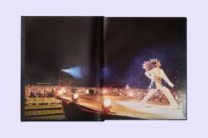 Фотокнига архівних світлин Ріанни The Rihanna Book: Queen Size