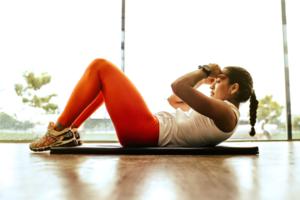 Є питання: як заняття спортом компенсують недосипання
