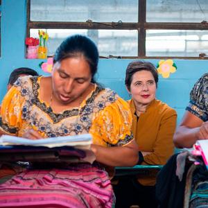 Підтримка жінок у науці та протидія домаганням: 6 ініціатив, що відстоюють права жінок