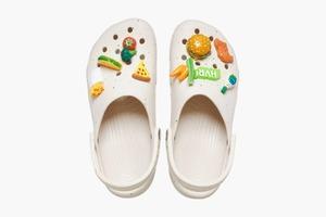 Crocs випустили клоги в колаборації із виробником соусів і приправ