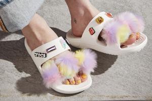 Fur Sure. Дивіться на нові моделі Crocs із хутром