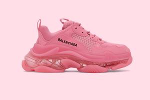Balenciaga представили нову модель кросівок Triple-S