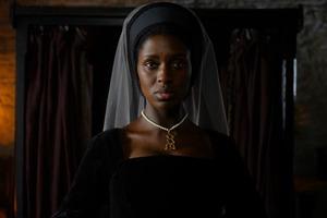 Дивіться перший кадр трилеру із Джоді Тернер-Сміт у ролі королеви Анни Болейн