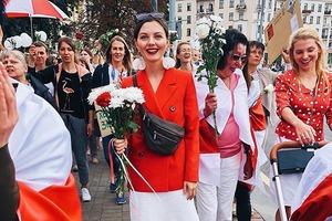 «Іди геть!» Жіночий марш у Білорусі на підтримку затриманих під час протестів
